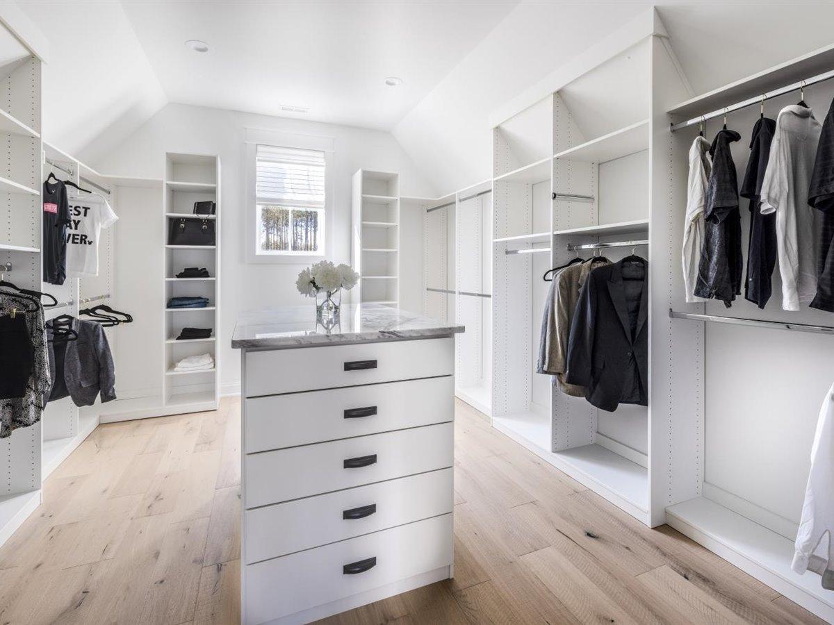 58-primary-closet