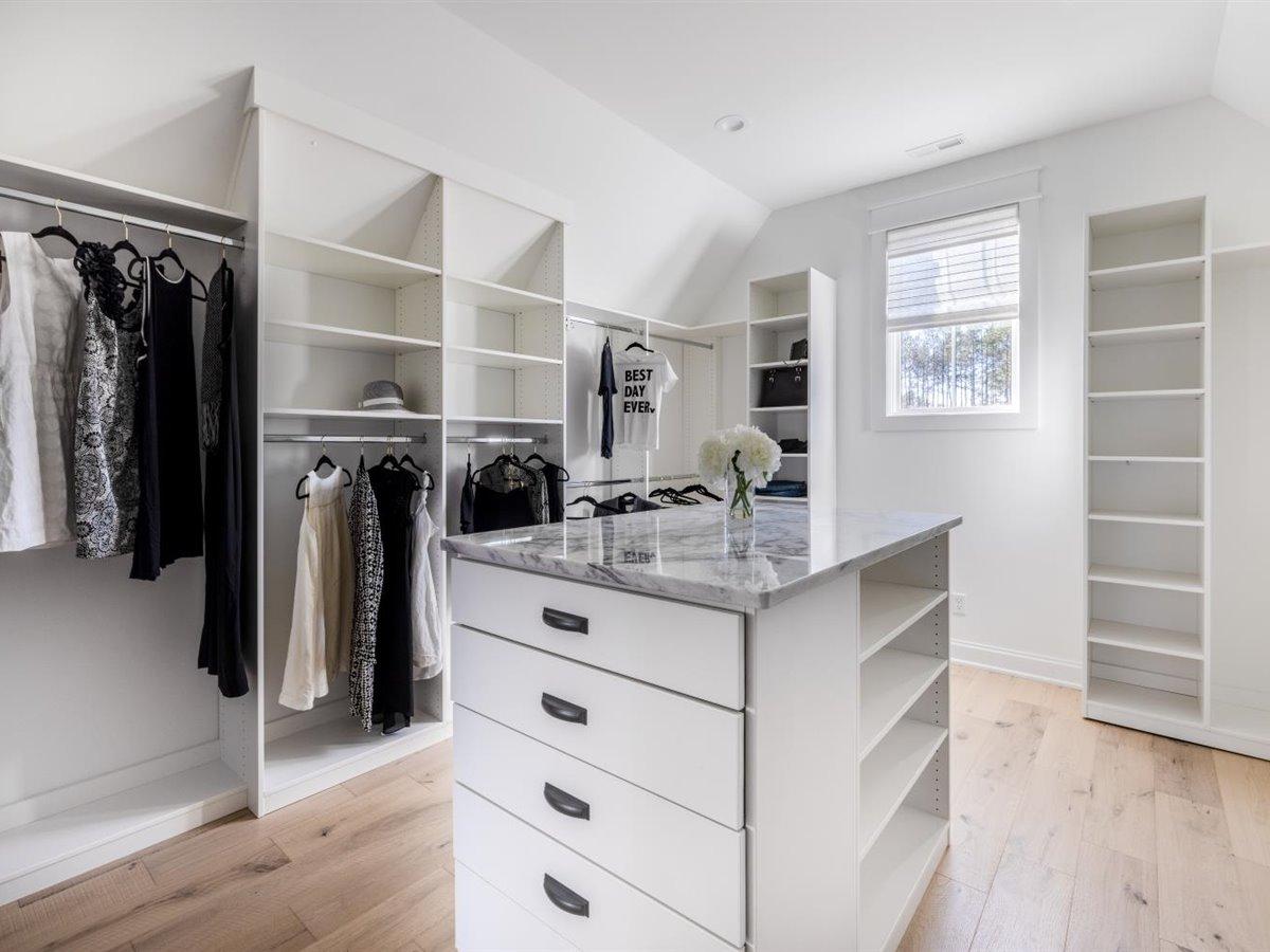 59-primary-closet