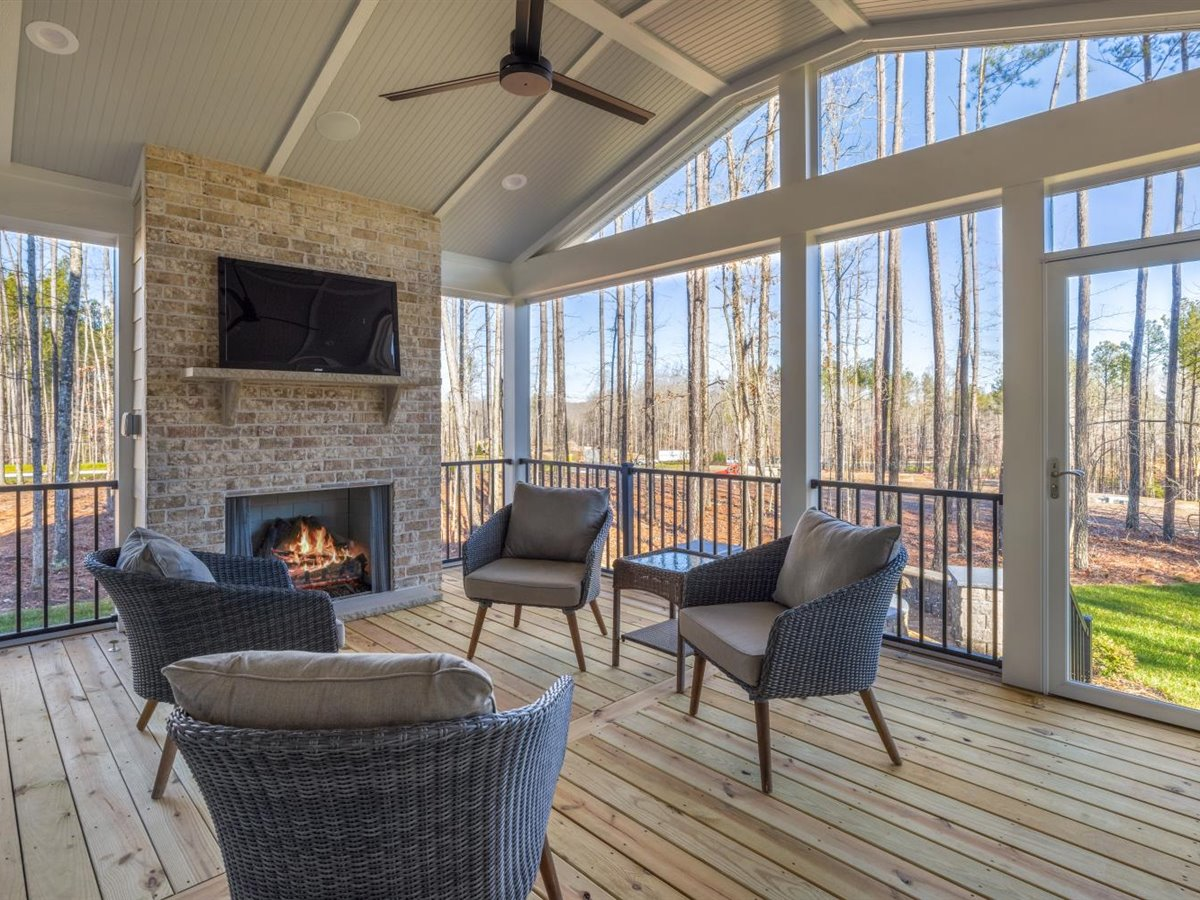 62-screened-in-porch