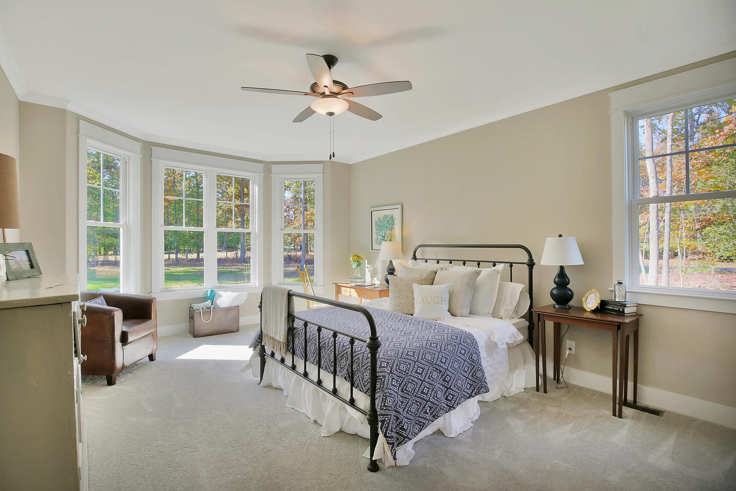 11400-barrows-ridge-lane-large-019-14-master-bedroom-1500x1000-72dpi