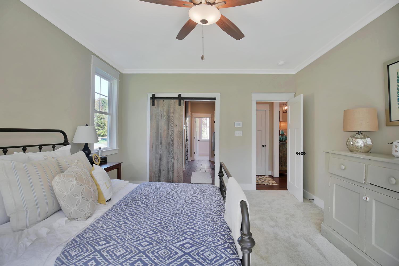 11400-barrows-ridge-lane-large-020-9-master-bedroom-1500x1000-72dpi