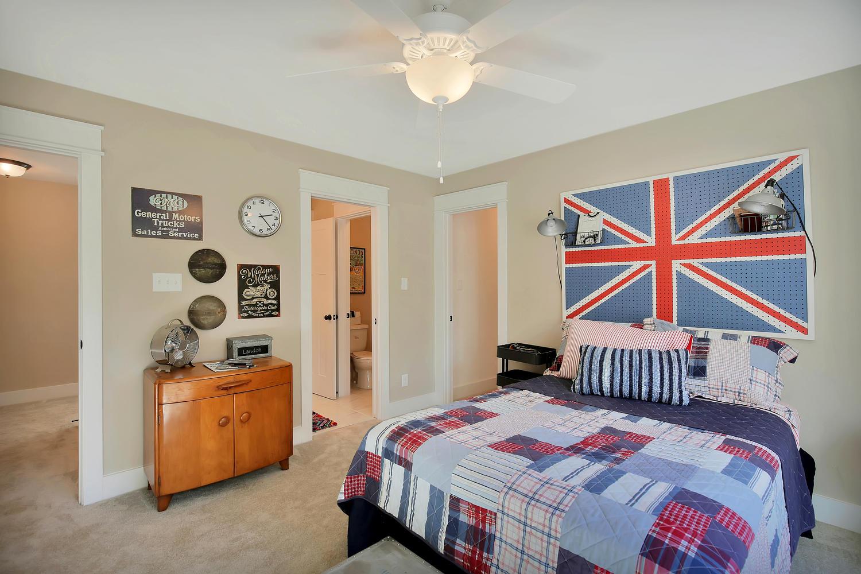 11400-barrows-ridge-lane-large-027-20-bedroom-1500x1000-72dpi