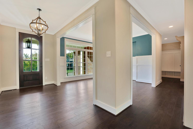 153-buttonbush-richmond-va-large-008-15-foyer-1500x1000-72dpi