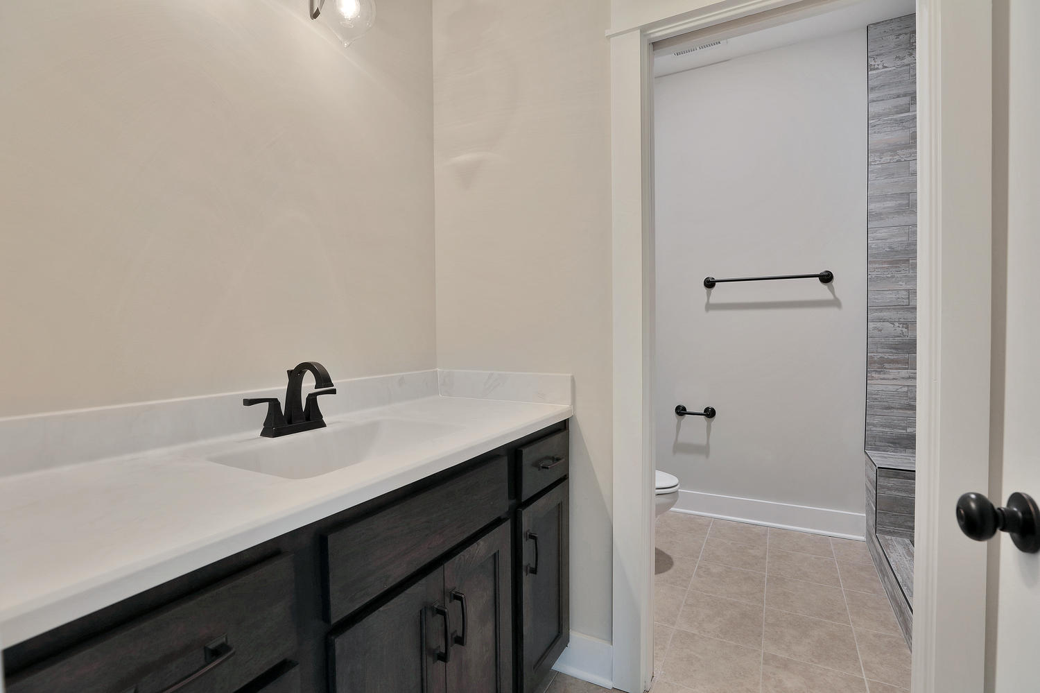 153-buttonbush-richmond-va-large-032-22-bathroom-1500x999-72dpi