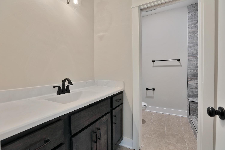 153-buttonbush-richmond-va-large-032-22-bathroom-1500x999-72dpi