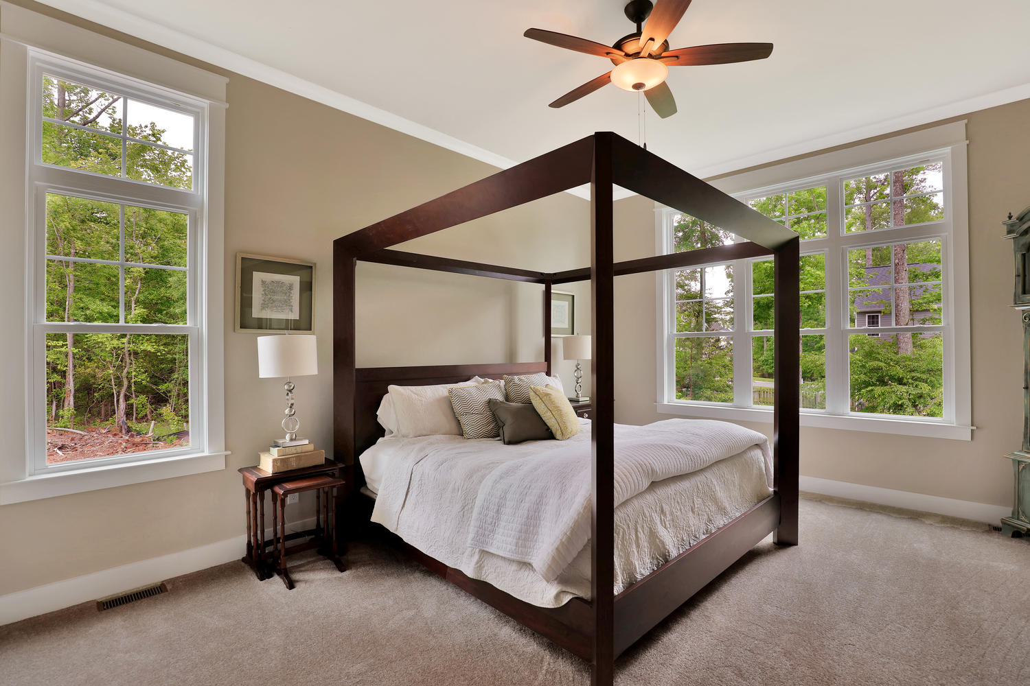 2601-port-savage-dr-midlothian-large-025-37-master-bedroom-1500x1000-72dpi