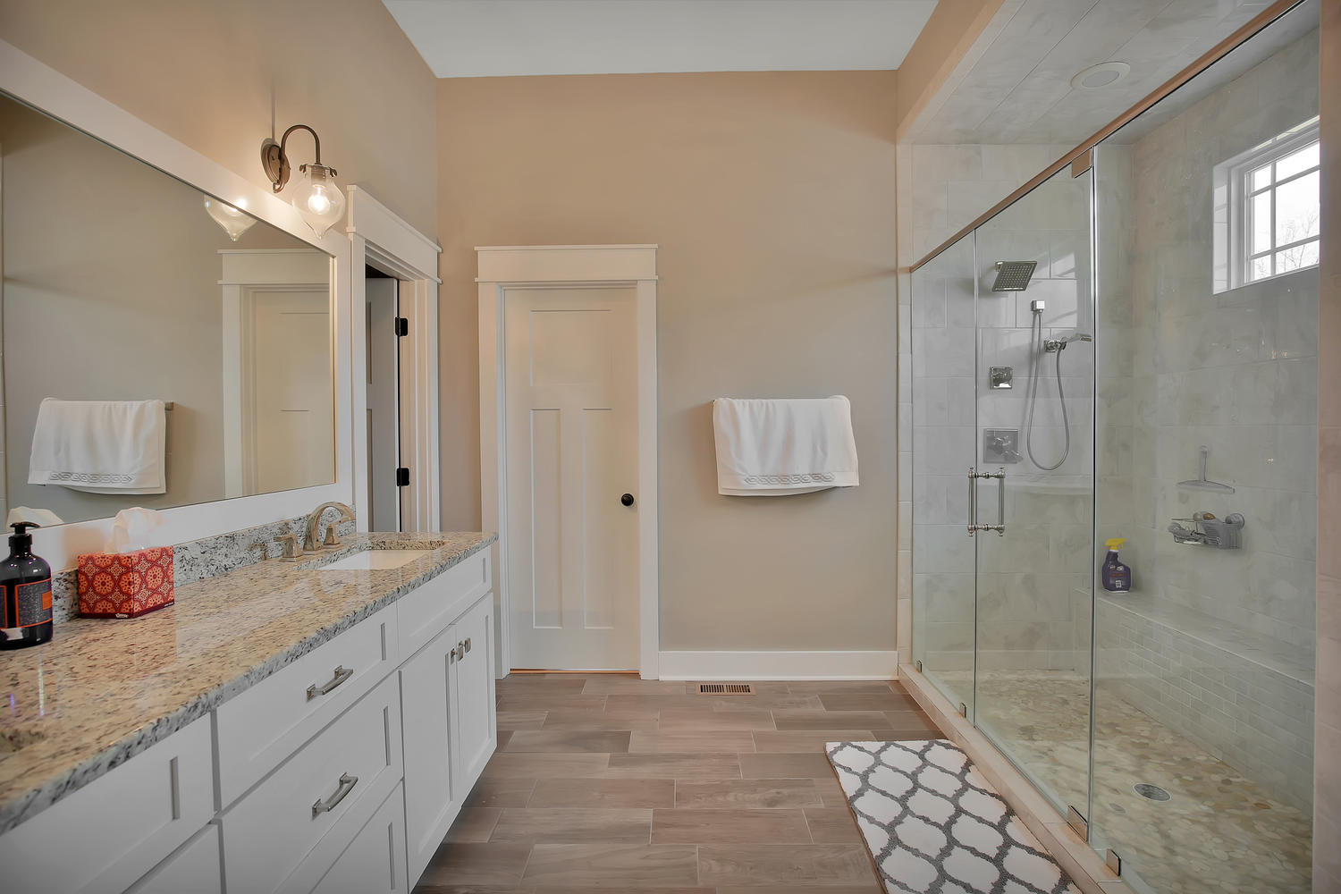 7813-rock-cress-dr-moseley-va-large-020-32-master-bath-1500x1000-72dpi