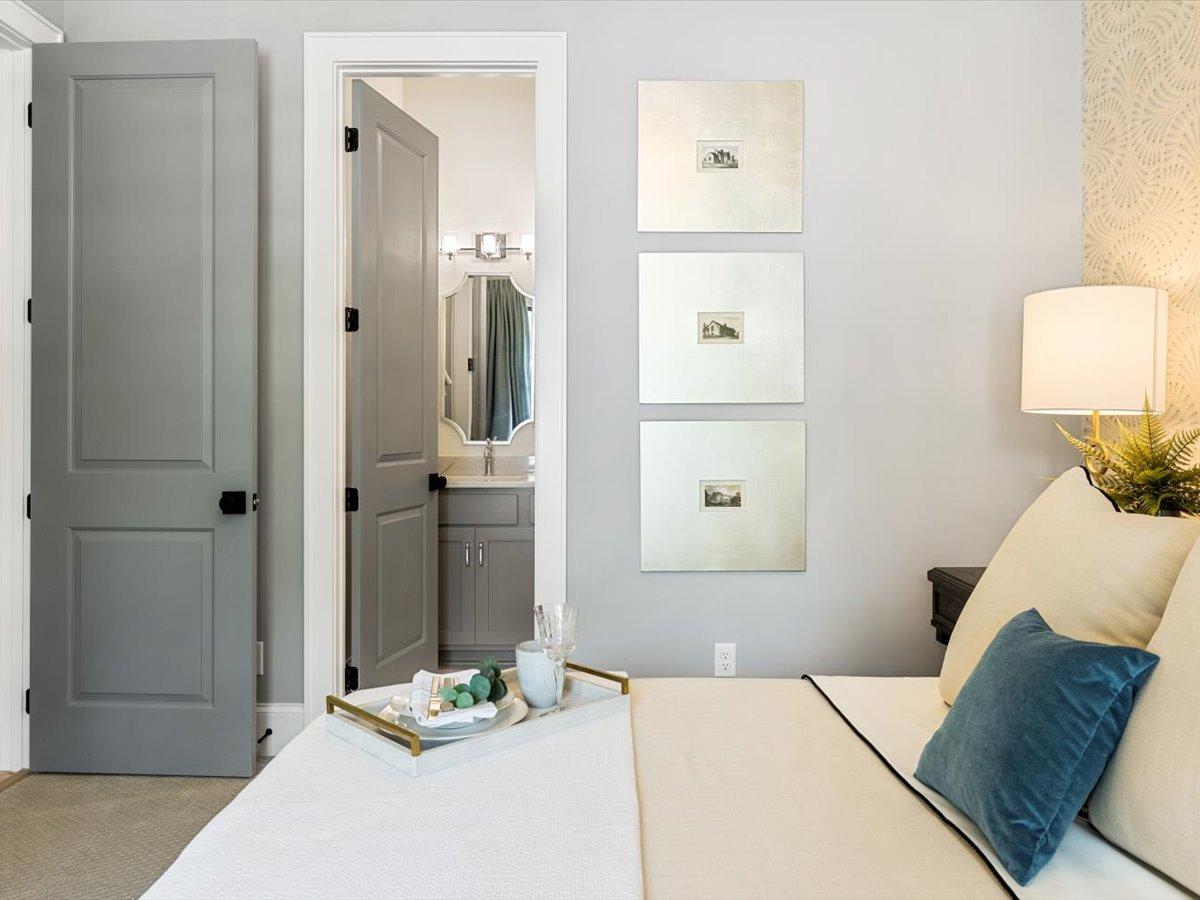 16-bedroom-en-suite