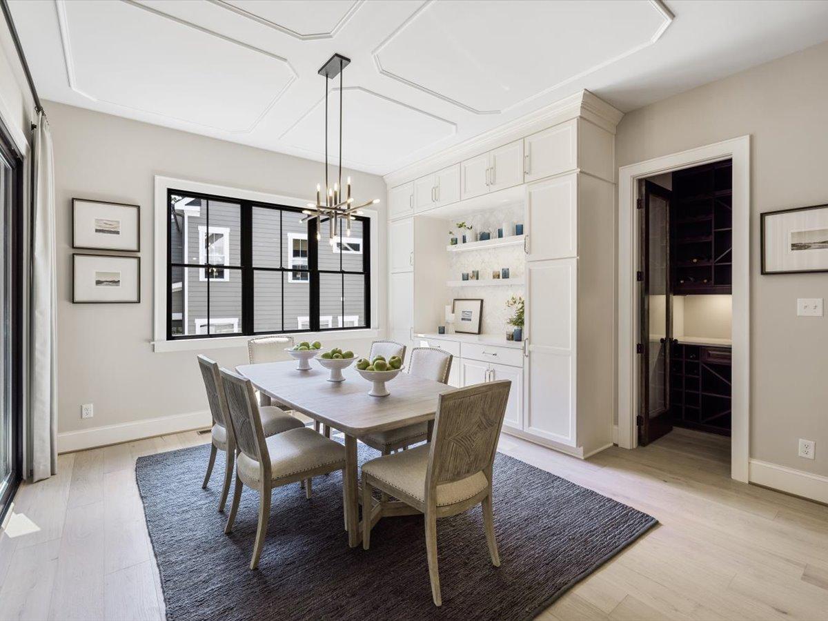 32-dining-room