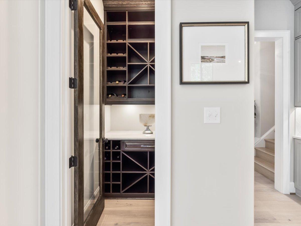 45-design-detail_wine-storage